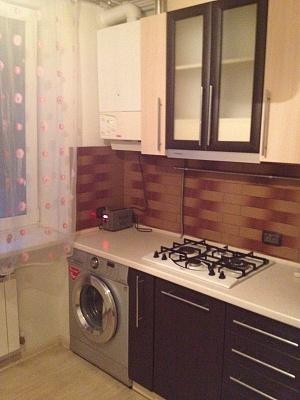 1-комнатная квартира посуточно в Измаиле. пр-т Суворова, 74. Фото 1