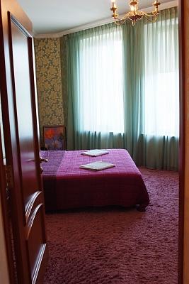 4-комнатная квартира посуточно в Одессе. Приморский район, ул. Елисаветинская (Щепкина), 15. Фото 1