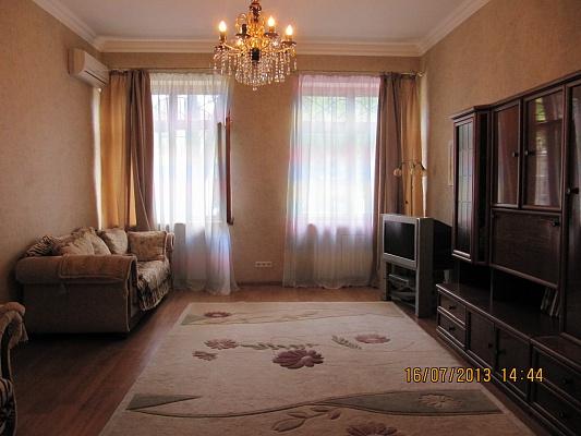 3-комнатная квартира посуточно в Одессе. Приморский район, ул. Канатная, 2. Фото 1