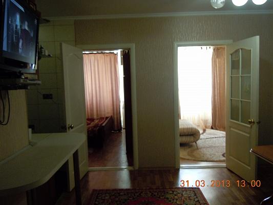 2-комнатная квартира посуточно в Судаке. ул. Приморская , 30а. Фото 1