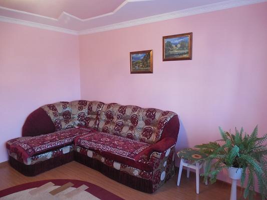 3-комнатная квартира посуточно в Трускавце. ул. Стуса, 1. Фото 1