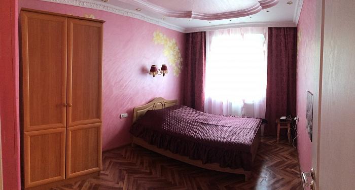2-комнатная квартира посуточно в Симферополе. Киевский район, ул. Мате Залки, 7к. Фото 1