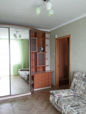 2-комнатная квартира посуточно в Черкассах. Шевченка, 320. Фото 1