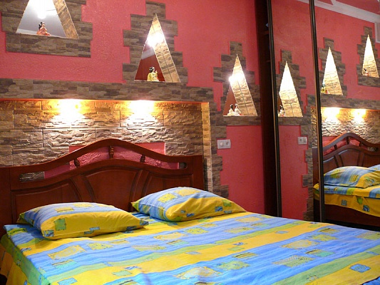 1-комнатная квартира посуточно в Херсоне. Суворовский район, ул. Степана Разина, 73. Фото 1