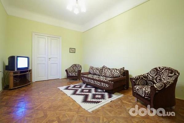1-комнатная квартира посуточно в Львове. Галицкий район, ул. Григоровича, 7. Фото 1