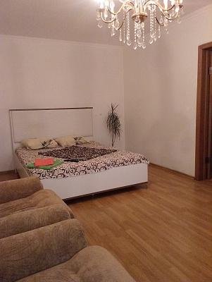 2-комнатная квартира посуточно в Борисполе. ул. Киевский Путь, 44. Фото 1