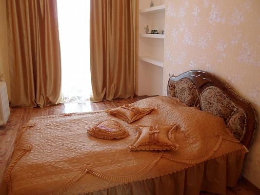 2-комнатная квартира посуточно в Севастополе. Ленинский район, ул. Терещенко, 16. Фото 1