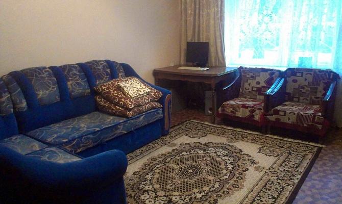 2-комнатная квартира посуточно в Полтаве. Октябрьский район, ул. Грабчака, 13. Фото 1