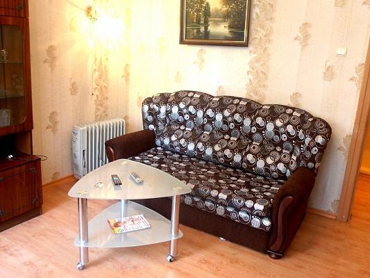 2-комнатная квартира посуточно в Харькове. Киевский район, ул. Пушкинская, 96а. Фото 1
