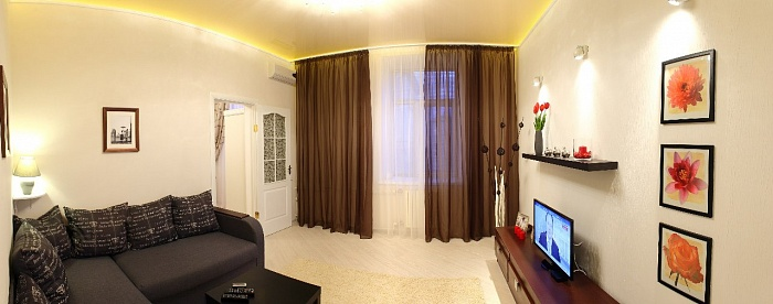 2-комнатная квартира посуточно в Севастополе. Ленинский район, ул. Лермонтова, 2. Фото 1