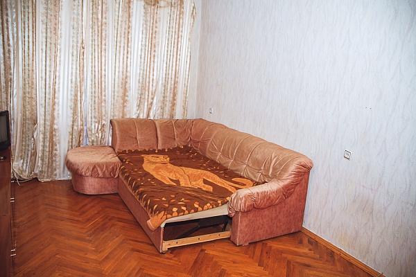 3-комнатная квартира посуточно в Киеве. Шевченковский район, ул. Берлинского, 16. Фото 1