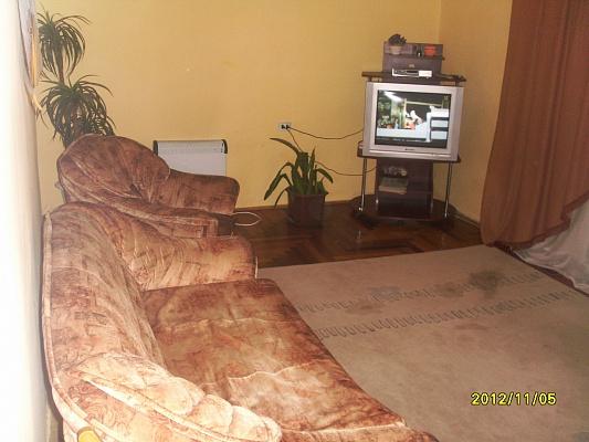 2-комнатная квартира посуточно в Берегово. Мукачівський пер, 4а. Фото 1