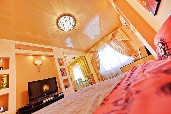 1-комнатная квартира посуточно в Киеве. Печерский район, Госпитальная , 2. Фото 1