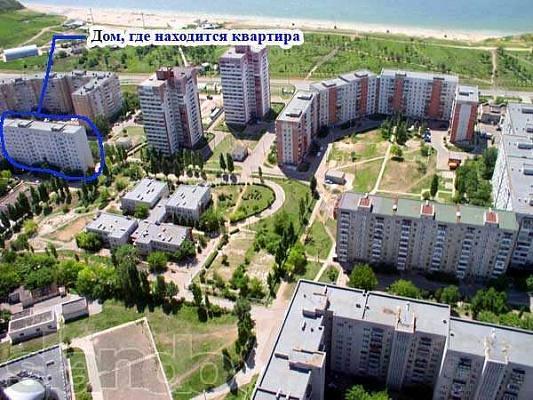 2-комнатная квартира посуточно в Южном. приморская , 21. Фото 1