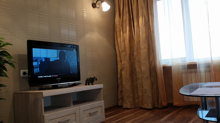 1-комнатная квартира посуточно в Херсоне. Суворовский район, ул. Петренко, 28. Фото 1