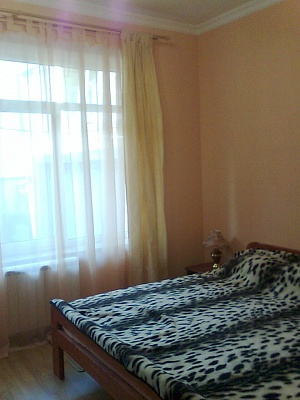 Мини-отель  посуточно в Ялте. ул.Ломоносова. Фото 1