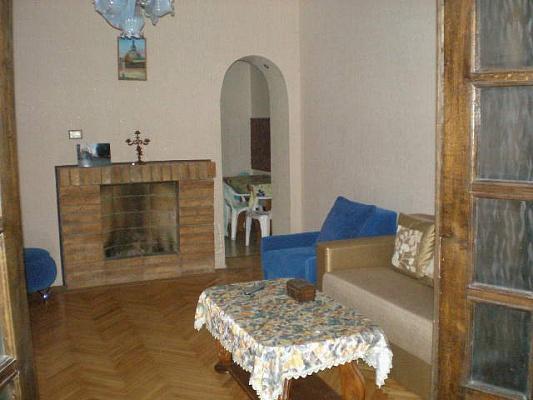 1-комнатная квартира посуточно в Львове. Лычаковский район, ул. Буська, 4a. Фото 1