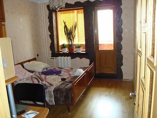 2-комнатная квартира посуточно в Гаспре. мира, 2. Фото 1