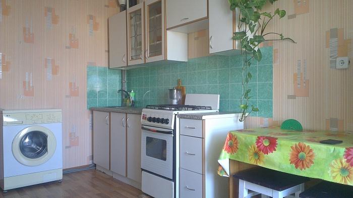 1-комнатная квартира посуточно в Керчи. шоссе Героев Сталинграда, 14. Фото 1