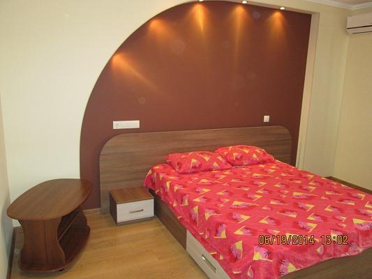 1-комнатная квартира посуточно в Севастополе. Ленинский район, ул.Руднева, 6 в. Фото 1