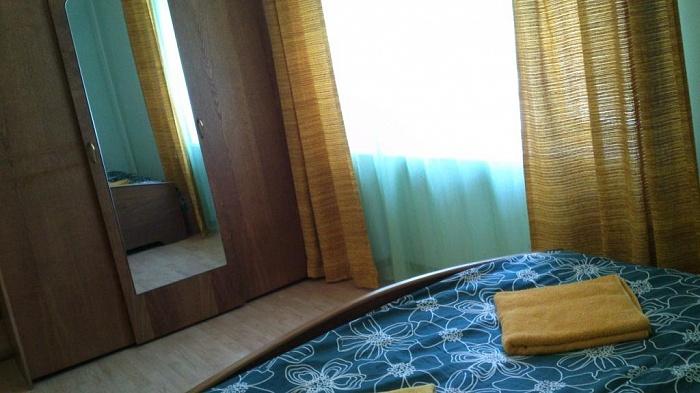 2-комнатная квартира посуточно в Мукачево. ул. Первомайская, 16. Фото 1