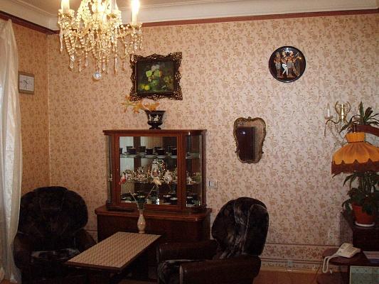 3-комнатная квартира посуточно в Севастополе. Ленинский район, ул. Партизанская, 3. Фото 1