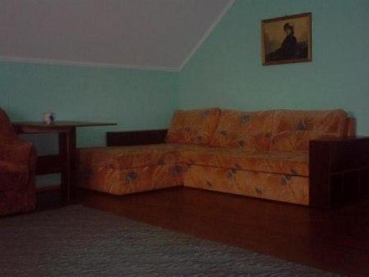 Дом  посуточно в Каневе. ул. Ленина, 37. Фото 1