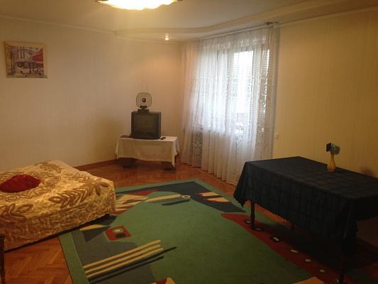 3-комнатная квартира посуточно в Хмельницком. ул. Подольская, 169. Фото 1