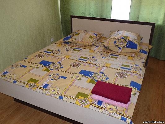 1-комнатная квартира посуточно в Черкассах. ул. Шевченко, 195. Фото 1