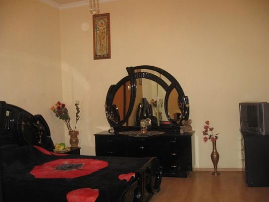 1-комнатная квартира посуточно в Одессе. Приморский район, ул. Торговая, 6. Фото 1