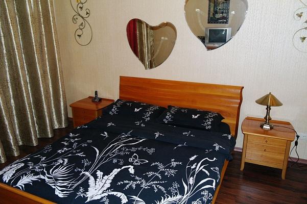2-комнатная квартира посуточно в Одессе. Приморский район, ул. Ришельевская, 12. Фото 1