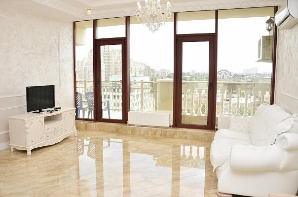 3-комнатная квартира посуточно в Одессе. Приморский район, ул. Греческая, 1. Фото 1
