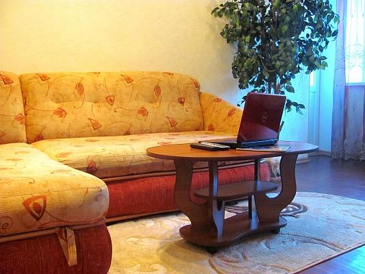 1-комнатная квартира посуточно в Харькове. ул. Чернышевского, 85. Фото 1
