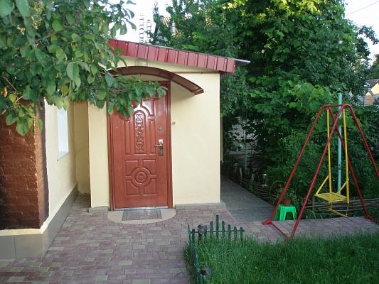 Дом  посуточно в Миргороде. ул. Лазаренка, 1. Фото 1