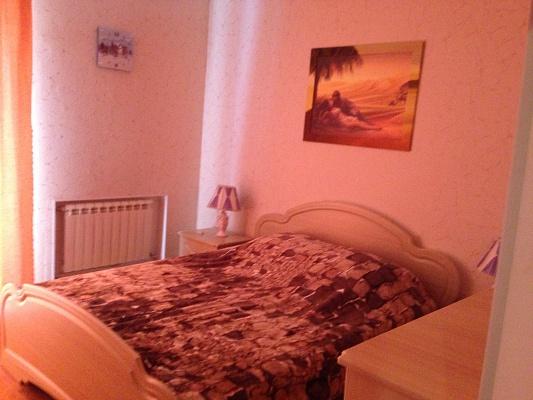 2-комнатная квартира посуточно в Керчи. ул. Козлова, 3. Фото 1