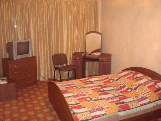 1-комнатная квартира посуточно в Полтаве. Киевский район, ул. Уютная, 25. Фото 1