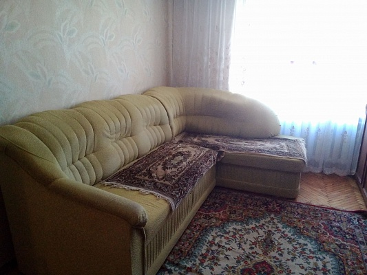 2-комнатная квартира посуточно в Черновцах. Шевченковский район, пр-т Независимости, 123. Фото 1