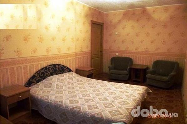 1-комнатная квартира посуточно в Симферополе. Центральный район, ул. Ульянова, 18. Фото 1