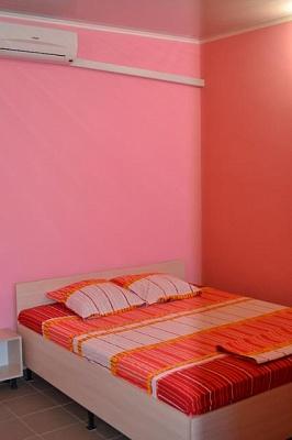 1-комнатная квартира посуточно в Алуште. Cолнечногорское, ул.Табачная, 15. Фото 1