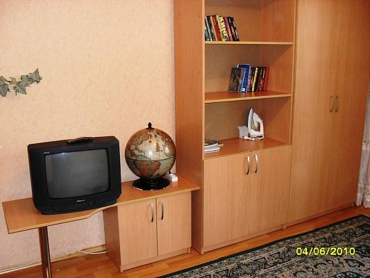 1-комнатная квартира посуточно в Виннице. Замостянский район, ул. Бевза, 36. Фото 1