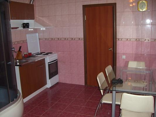 2-комнатная квартира посуточно в Борисполе. ул. Тельмана, 37. Фото 1