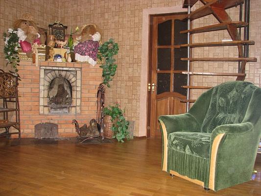 Дом  посуточно в Полтаве. Киевский район, ул. Покровская, 66. Фото 1