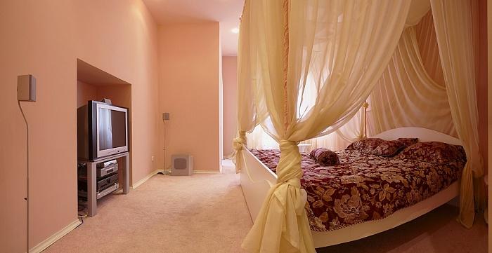 1-комнатная квартира посуточно в Львове. Лычаковский район, ул. Мечникова, 18. Фото 1