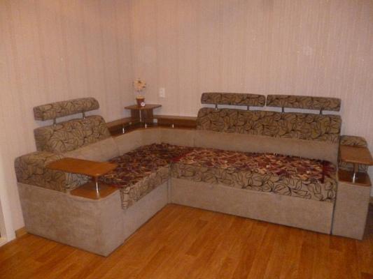 2-комнатная квартира посуточно в Мелитополе. ул. Богдана Хмельницкого, 59. Фото 1