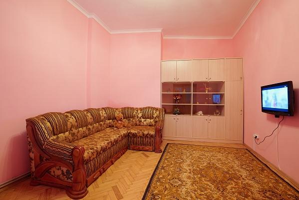 1-комнатная квартира посуточно в Львове. Галицкий район, ул. Костюшка, 20. Фото 1