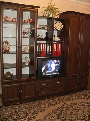 1-комнатная квартира посуточно в Ровно. ул. Мельника, 12. Фото 1