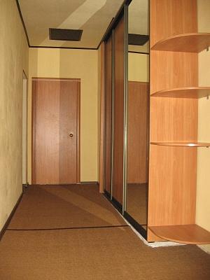 2-комнатная квартира посуточно в Донецке. Калининский район, ул. Мушкетовская, 28. Фото 1