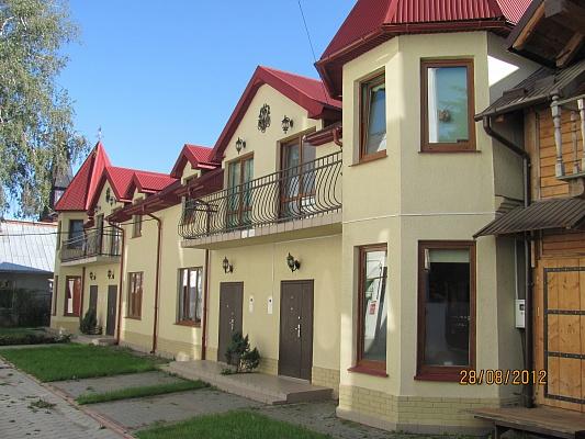 Дом  посуточно в Коломые. ул. Л. Украинки, 32. Фото 1