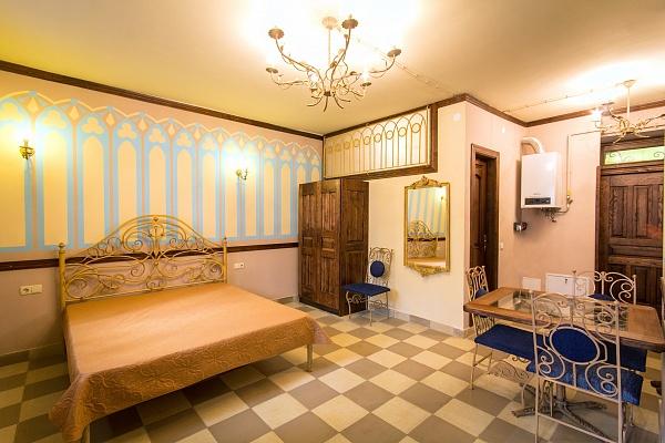 1-комнатная квартира посуточно в Львове. Галицкий район, ул. Леси Украинки, 19. Фото 1