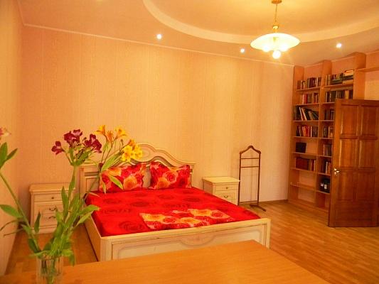 2-комнатная квартира посуточно в Одессе. Приморский район, ул. Пушкинская, 8. Фото 1